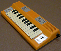 RADIO SHACK Electric Organ
